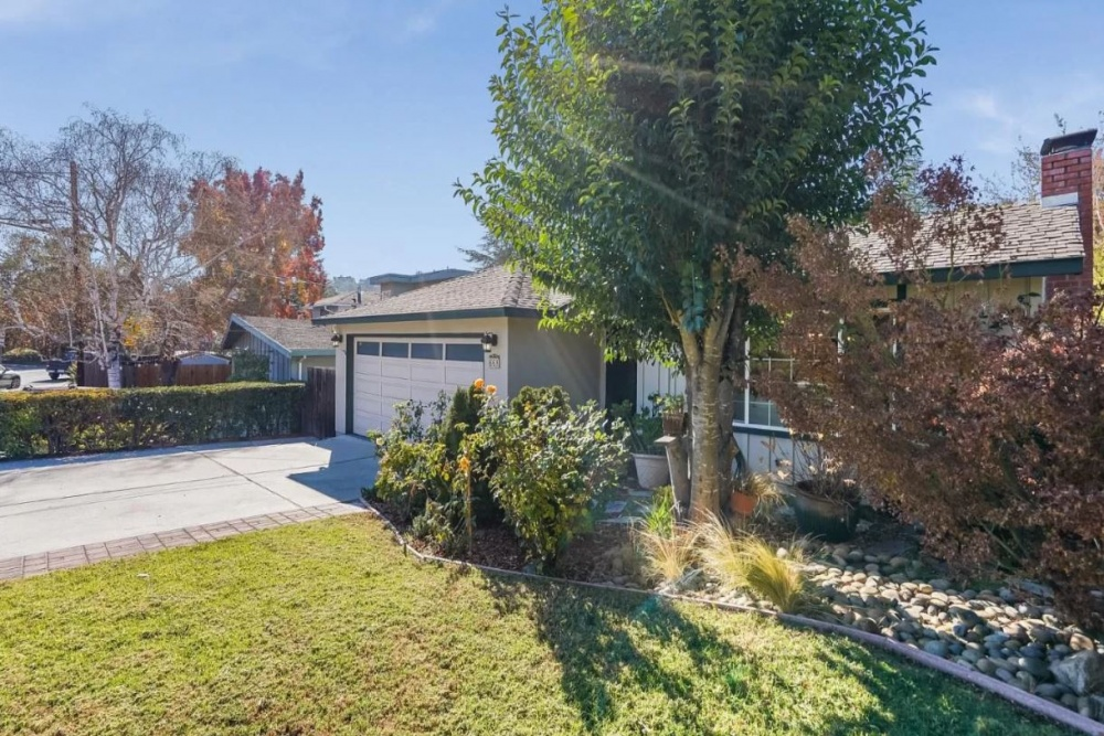 668 Canyon Avenue,Redwood City,San Mateo,California,United States 94062,4 Bedrooms Bedrooms,4 BathroomsBathrooms,Single Family Home,Canyon Avenue,1050